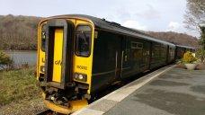 Looe train1