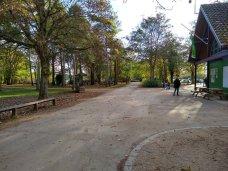 Park b