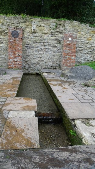 Canal well